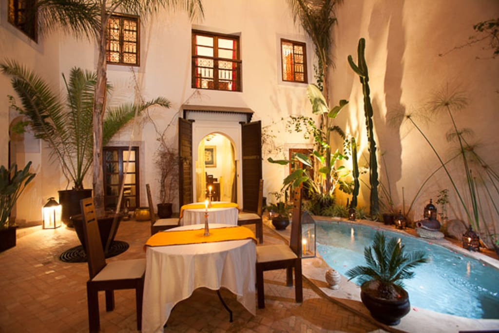 Riad les ammonites spa chambres d 39 h tes louer for Airbnb marrakech