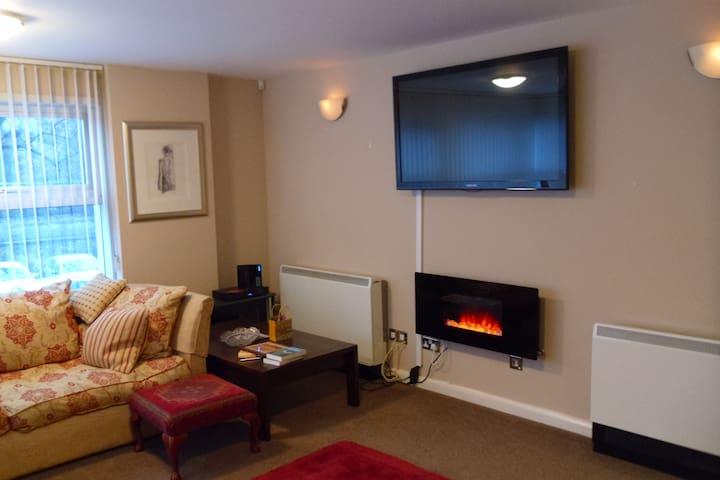 Luxury Apartment overlooking river - York - Leilighet
