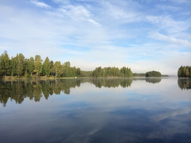 Untouched nature and miles of water - Älvsjöhyttan - Cabana