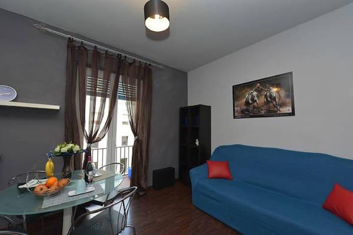 Appartamento con due camere  letto - Alba - ที่พักพร้อมอาหารเช้า