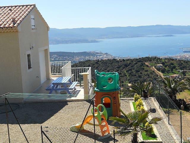 Vue panoramique mer , proximité Ajaccio.