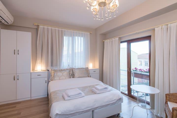 Minyon Istanbul room no:3