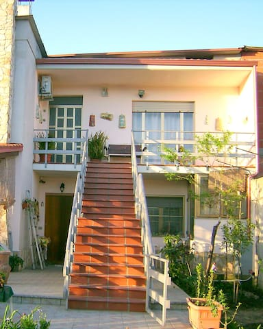 B&B Alba Fiorita - Dolianova - Bed & Breakfast