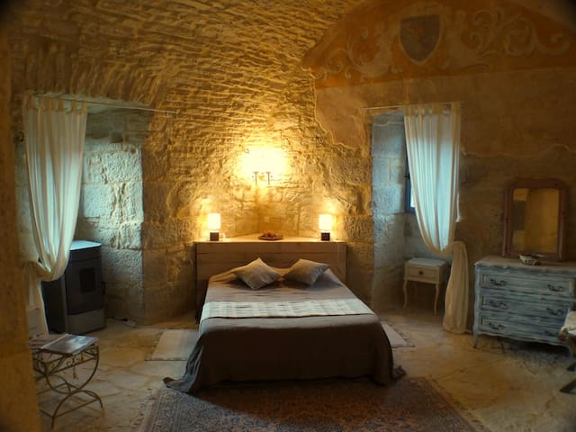 B&B Chateau Lot southwest France - Saint-Chamarand