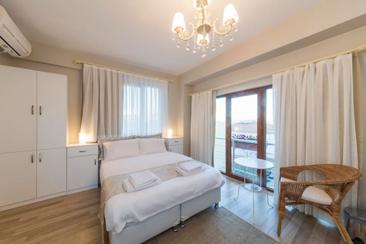 Minyon Istanbul room no:4
