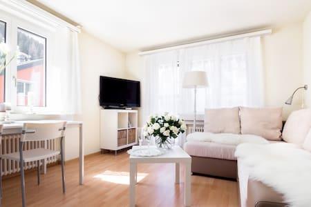 Central Apartment - Apartemen