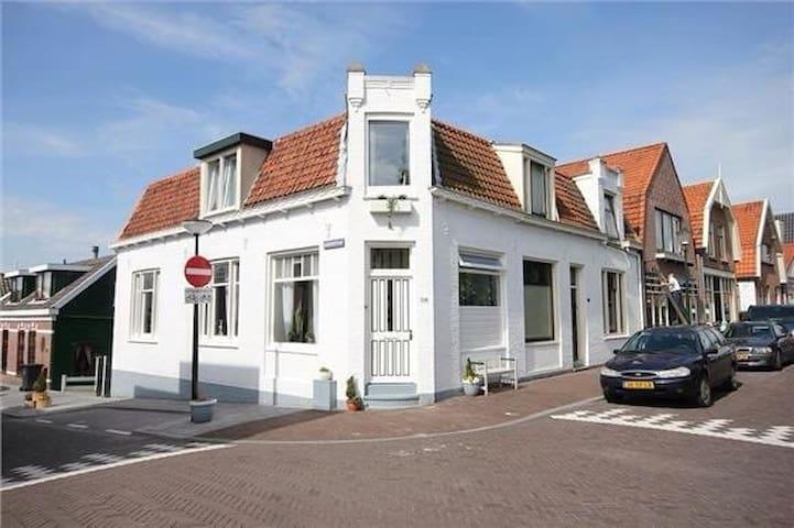 La Casa  Franco   in Zaandam city