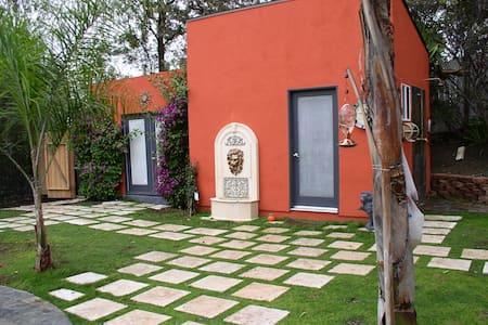 Garden Guest Suite - Woodland Hills - Casa