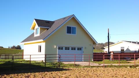 Private SLO Lodge:  Gym, Sauna, Views, Wineries!