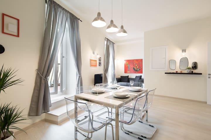 NEW 3 bedrooms 3 bathrooms & balcony - Firenze - Apartment