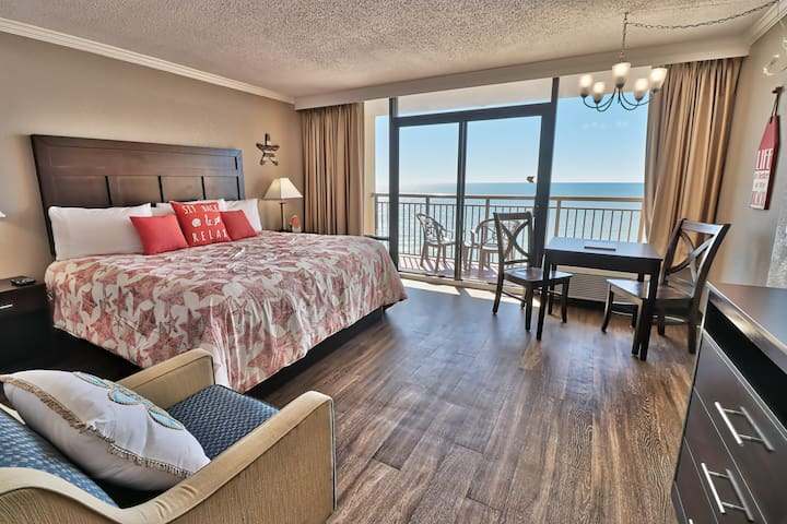 OCEANFRONT - Caravelle Resort 15th Floor