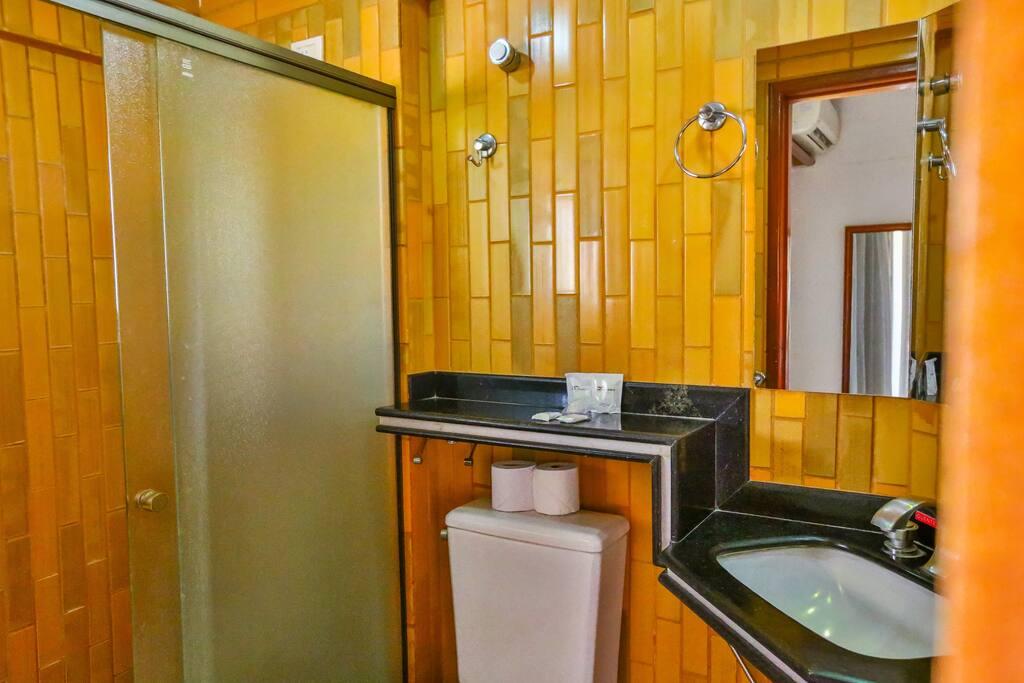 Banheiro Suíte Júnior