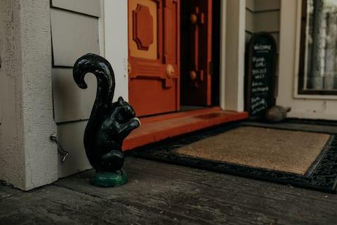 Bartel Room - Black Squirrel INN
