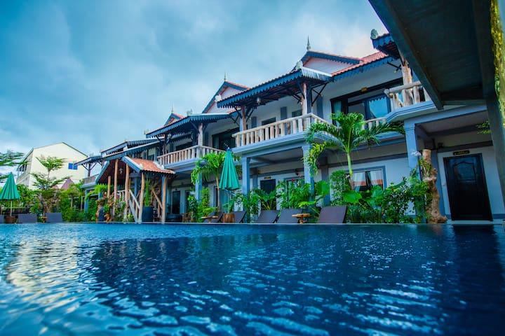 Family Suite (Moloppor Villa Battambang)