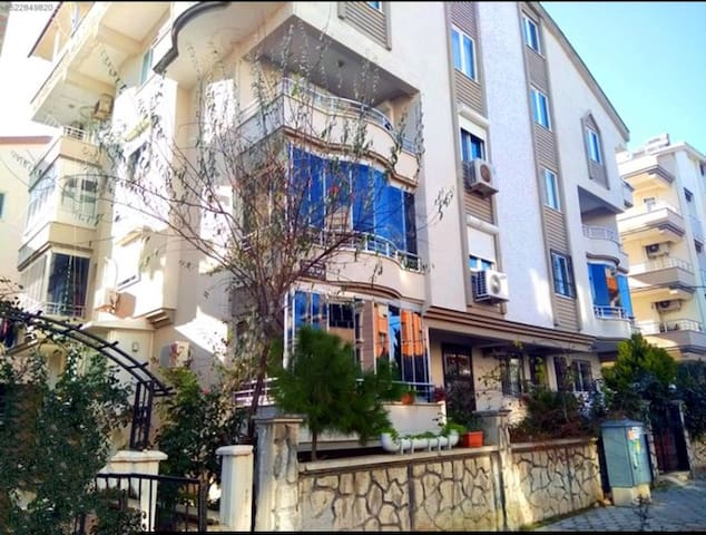 A comfortable duplex apt in the heart of Didim!!
