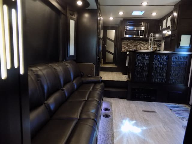 Luxury RV On The Farm
