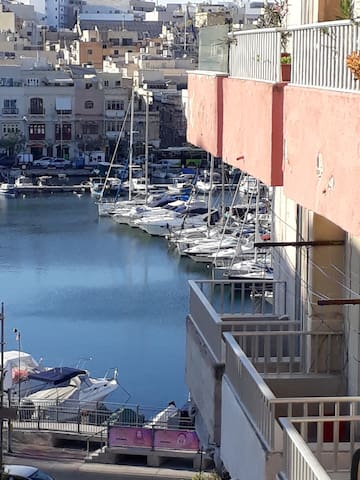 A Maltese Experience in a Superb Location