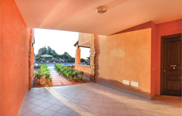 Stunning home in Trinita´d´Agultu OT with 2 Bedrooms and WiFi