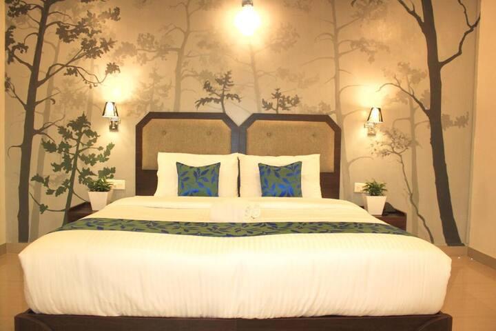 Hubloft | Enroute Thekkady | Suite Room