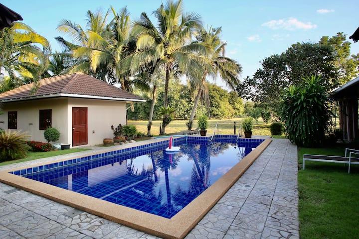 清迈泳池别墅「含接送含早」