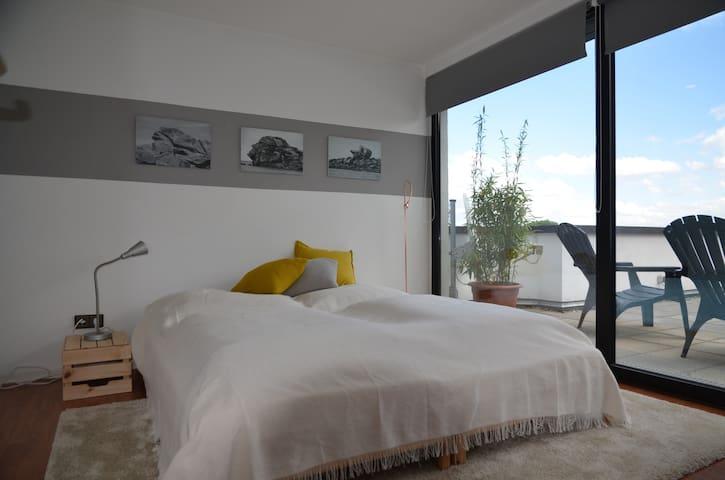 Dachwohnung mit Terrasse /cozy loft with terrace