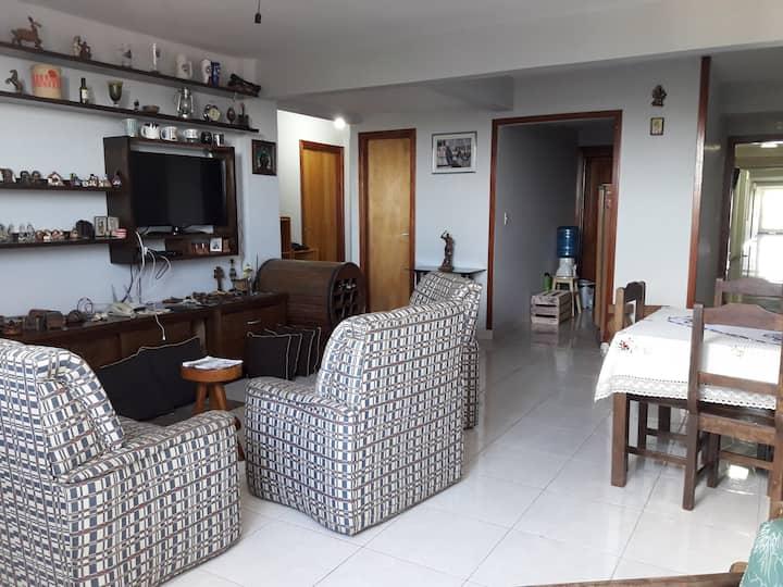 Una habitación a dos cuadras de la Playa San José