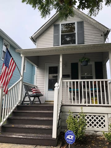 2 BR Entire House in Heart of Asbury Park