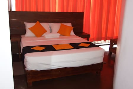 256 Townhouse Rest Kandy 2 - Kandy - Bed & Breakfast
