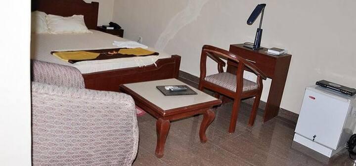 Keviz Hotel - Golden Room