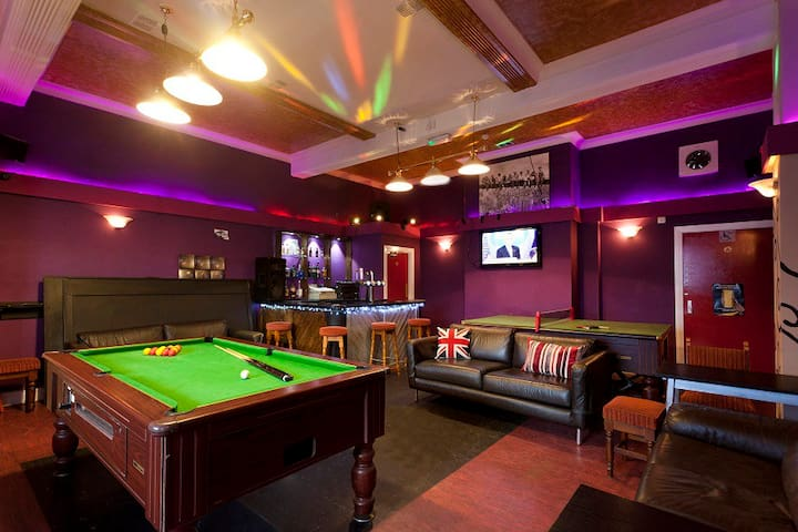City Centre 7 Rooms and 10 Beds above Real Ale Bar - Nottingham City Centre - Lägenhet