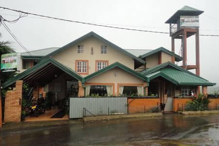Nuwara Eliya Lourdes inn Hotel - Nuwara Eliya - Bed & Breakfast
