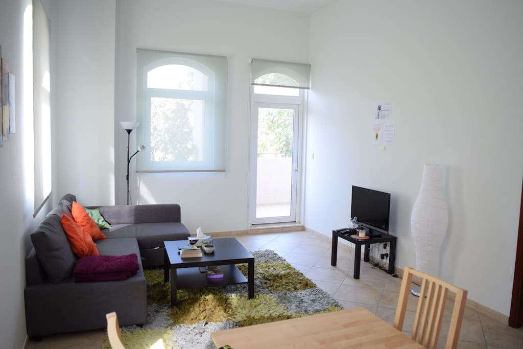 Cosy I Br Appartment In Motor City Apartments For Rent