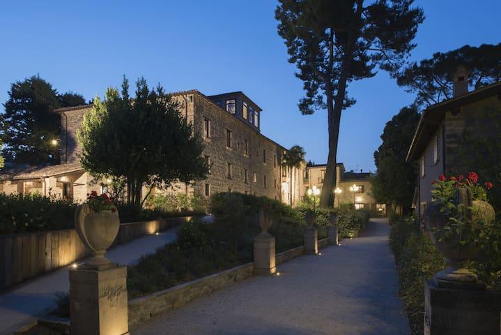 Appartamento con due camere in Villa Teloni