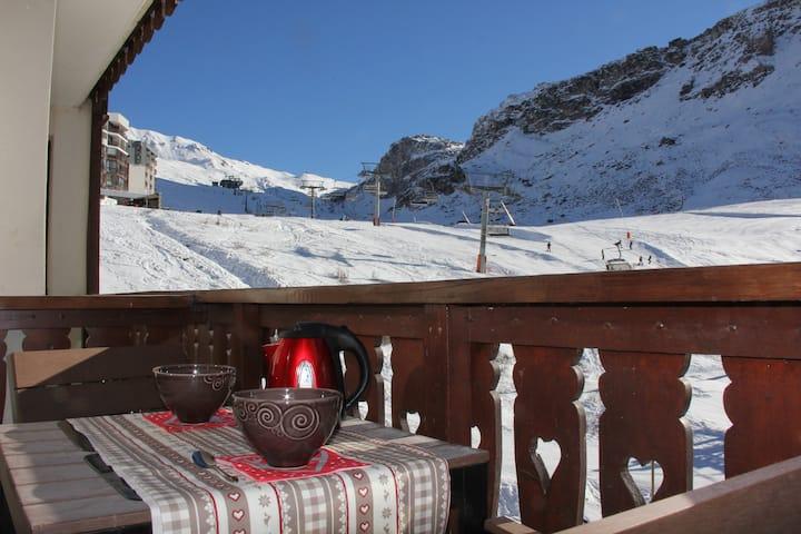 Bel appartement ensoleillé   vue montagne
