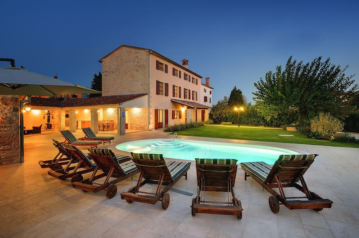 5 bedroom Istrian villa near Rovinj - Golaš - 別荘