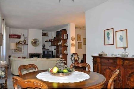 Accogliente appartamento in Chianti - Chiocchio