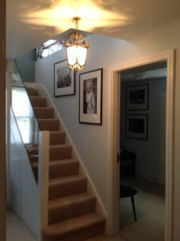 Beautiful Interior Designed Room - London - Apartemen