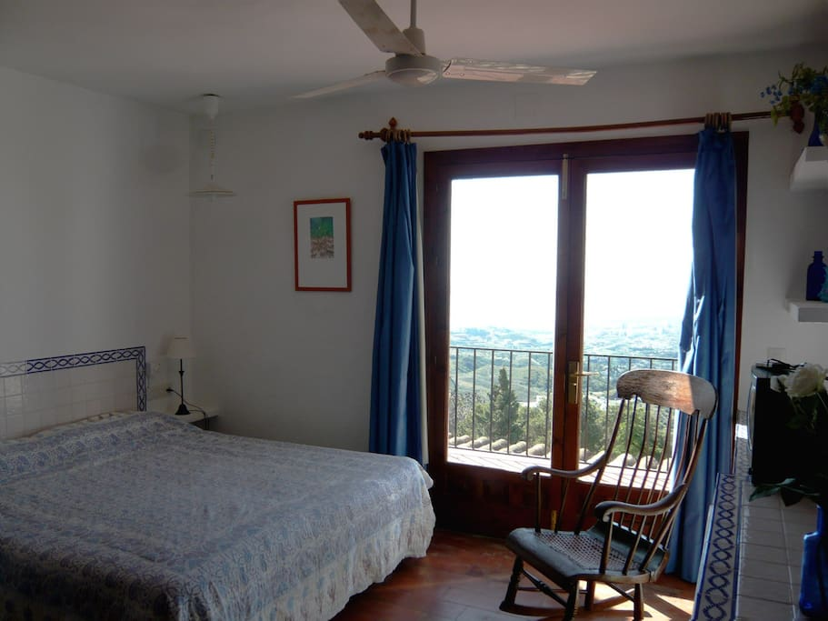 habitación de cama doble