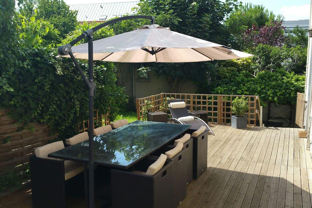 2 charmantes maisons jardin 360m2 maisons louer for Jardin a louer ile de france