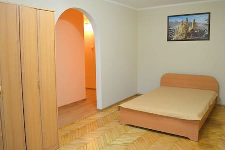 l131 Good 2-komn apartment. Lviv - Львів