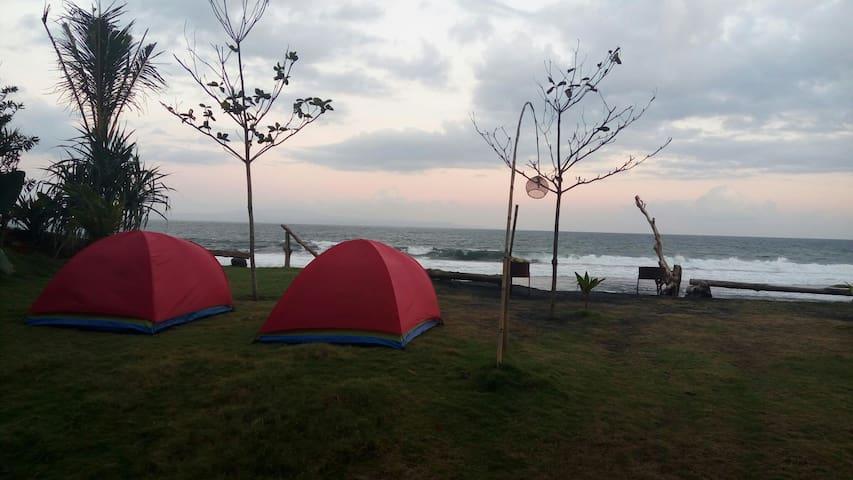 Keramas Beach Glamping Tent - Blahbatuh - เต็นท์
