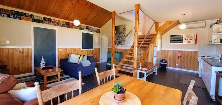 Boutique Barn (Buln Buln Cabins)