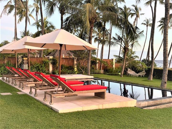 Villa Pantai The Best Villa On The East Coast Villas For Rent In Kubu Bali Indonesia