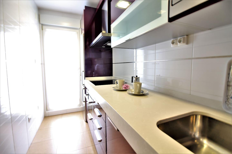 Precioso Bajo Con Amplio Jard N A 5m De Somo Alojamientos  # Muebles Hoznayo Horario