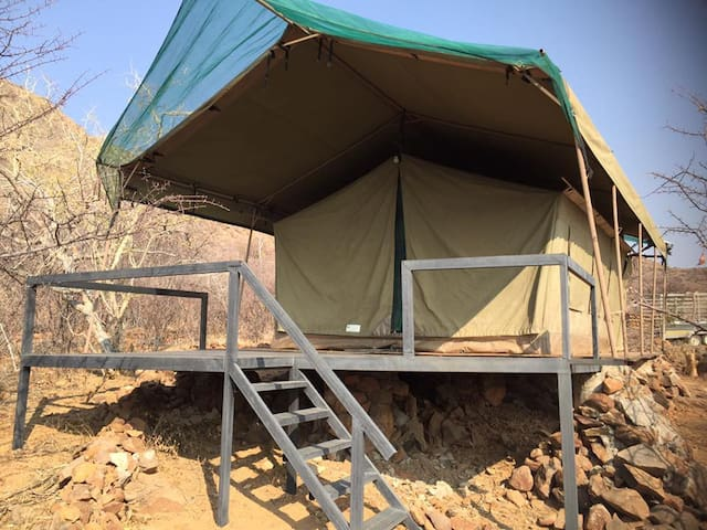 Safari-style tent, Erongo Mountains.