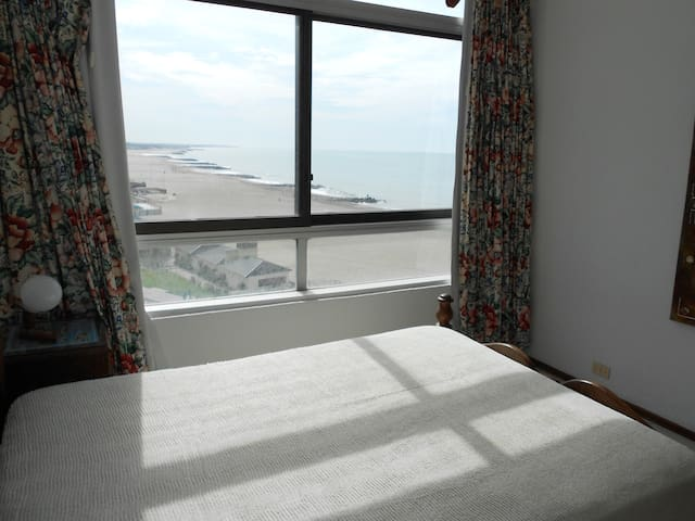 Large Apartment Next To Beach - Miramar - Appartement