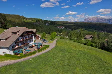Bed & breakfast single Room at Ritten I