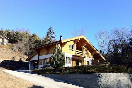 Chalet Crans-Montana resort - Casa