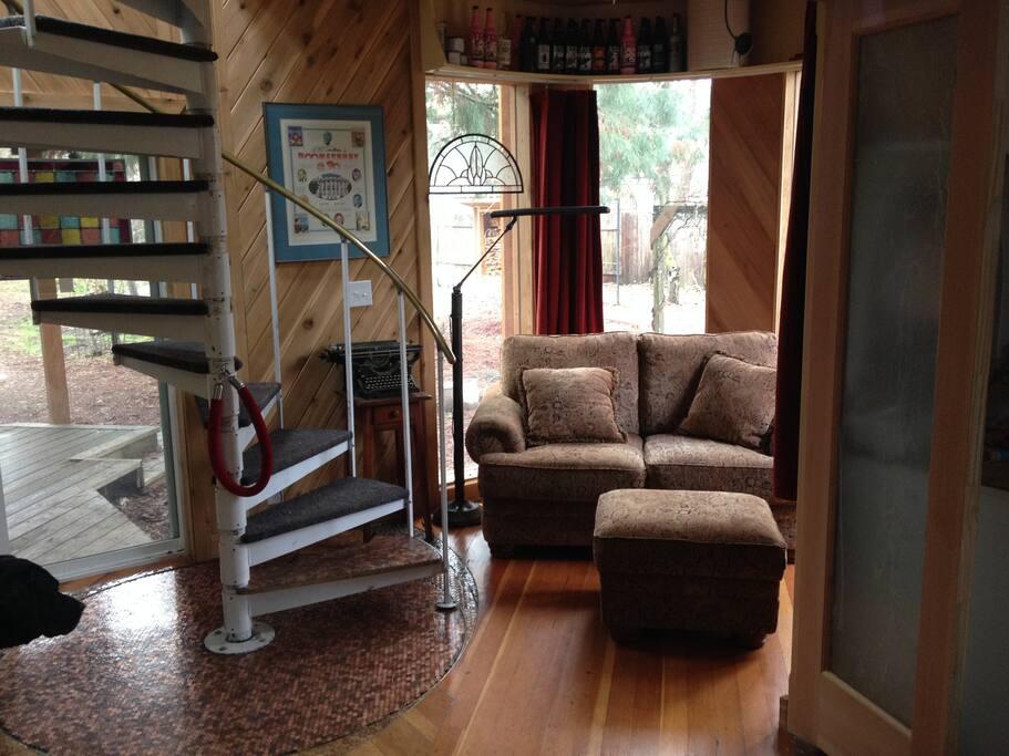 A cozy space that isn't claustrophobic