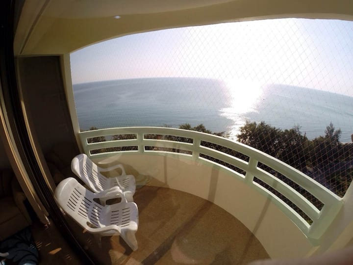 Panoramic Sea View from 19th fl/2br